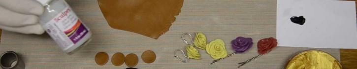 Embedded thumbnail for  Ako si vyrobiť jednoduchý lupeňový kvietok z polymérovej hmoty
